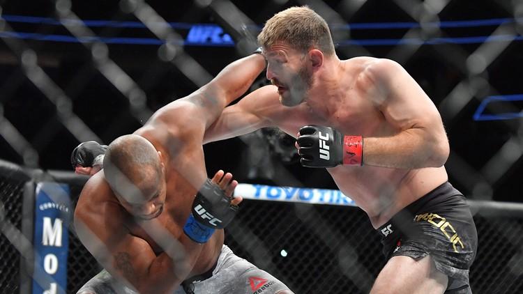 Stipe Miocic battles Daniel Cormier for UFC heavyweight championship