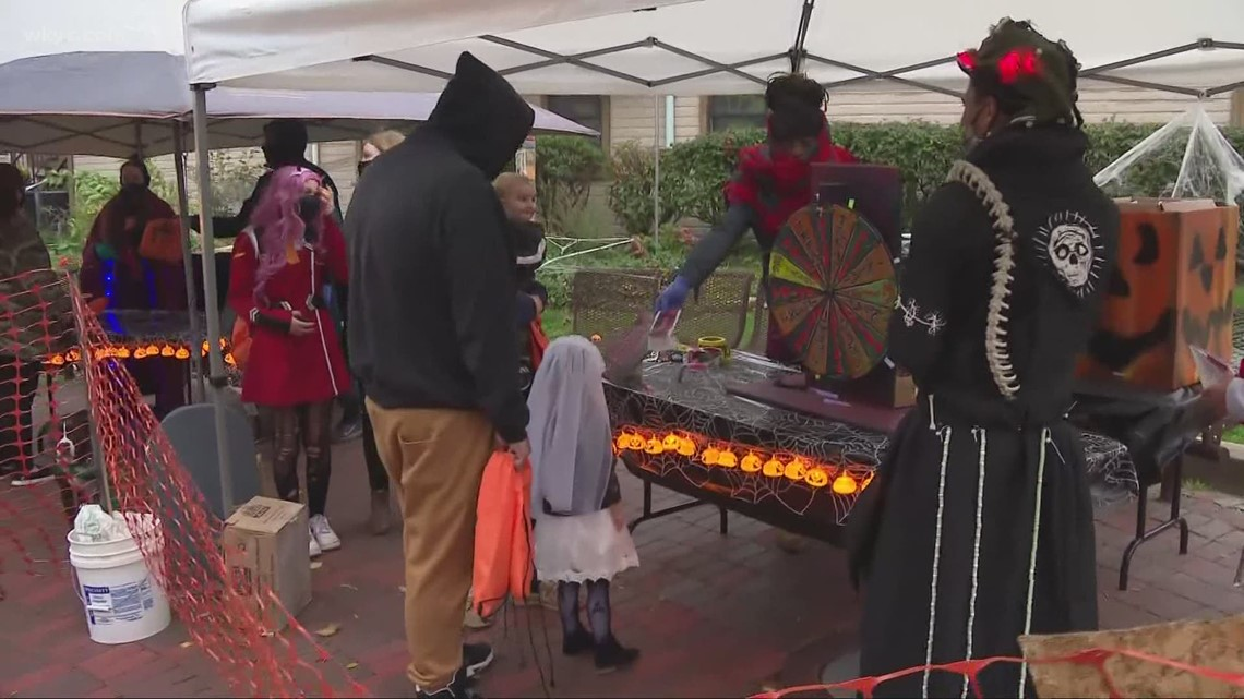 Could trick-or-treating be a 'super-spreader' event?