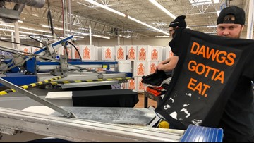 Jakprints shows off new Cleveland Browns shirts