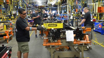 Ford, UAW reach 'tentative agreement' on new contract that could bring more than $1 billion to Avon Lake, Brook Park plants