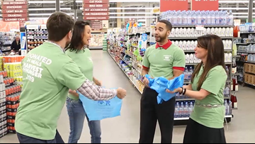 WATCH | WKYC's  meteorologists face off in Harvest For Hunger bagging competition