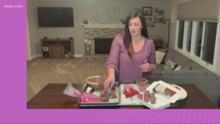 How to make the perfect chocolate-covered strawberries for Valentine's Day