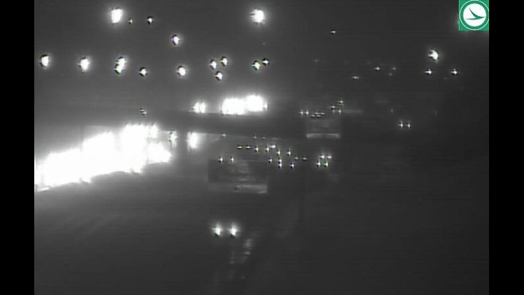 Portion of I-480 reopens after 3 cars, semi crash