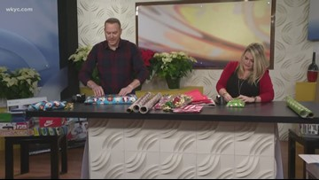 3News' Mike Polk Jr. and Lindsay Buckingham hold gift wrap battle for great cause