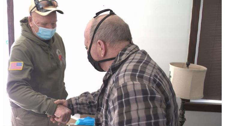 Neighbor steps in to help Cleveland veteran struggling to pay his utility bills