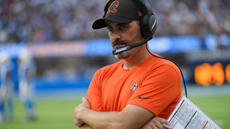 3News' Jay Crawford says Cleveland Browns' late play-calling deserves scrutiny following loss to Los Angeles Chargers