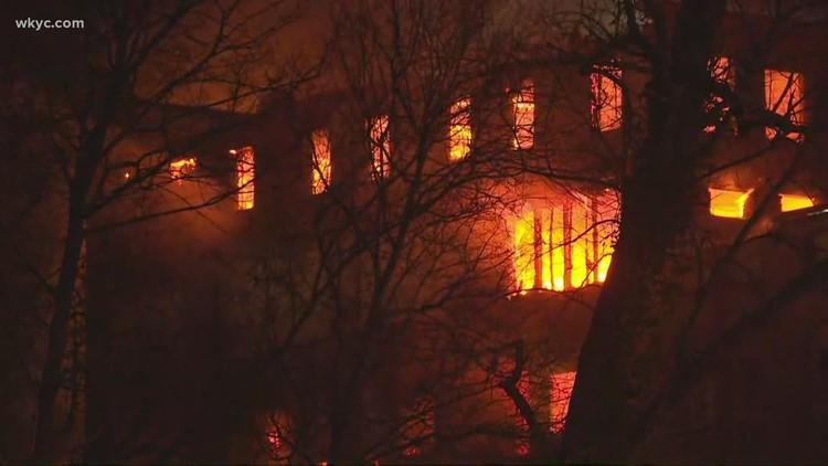 Fire extinguished after flames erupt at large 'Uncle Vic Building' in Elyria