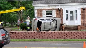 Driver hurt in Kent cemetery crash