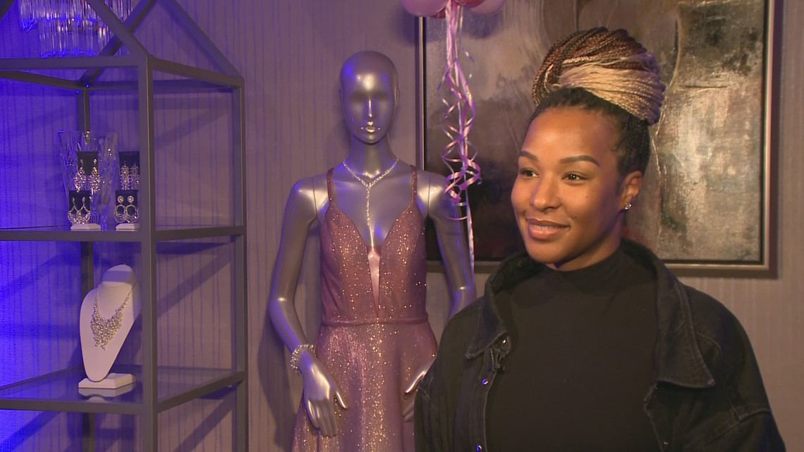 Savannah James talks about I PROM-ise makeover event with Maureen Kyle