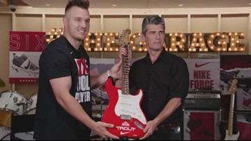 Video: Angels OF Mike Trout visits Rock Hall's Garage Band exhibit, shows off new Nike cleats