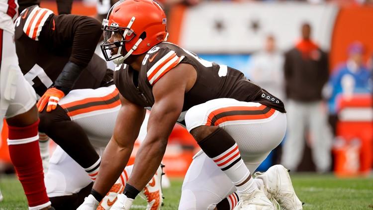 Cleveland Browns DE Myles Garrett to ditch sleeveless look after 'random' drug tests