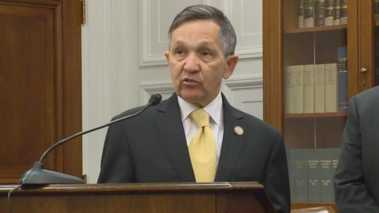 Dennis Kucinich makes announcement to run for Cleveland mayor