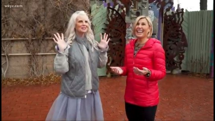 Monica Potter explores Akron's coolest holiday traditions with Sara Shookman