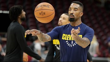 Former Cavs coach Damon Jones dishes on J.R. Smith soup-throwing incident