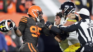 Freddie Kitchens: Cleveland Browns not making excuses for Myles Garrett's actions against Pittsburgh Steelers