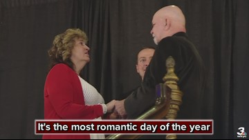 Couples say 'I do' at Akron Civic Theatre