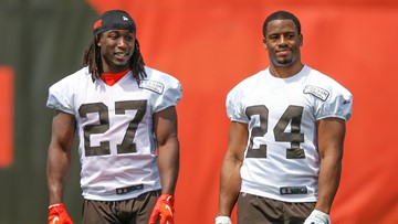 Dynamic duo. Nick Chubb, Kareem Hunt committed to doing what's best for Cleveland Browns
