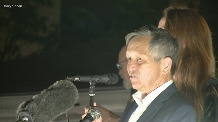 Dennis Kucinich falls short in bid to return as mayor of Cleveland