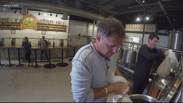Jay Crawford, Dave Chudowsky attempt to brew their own beer (with some help)