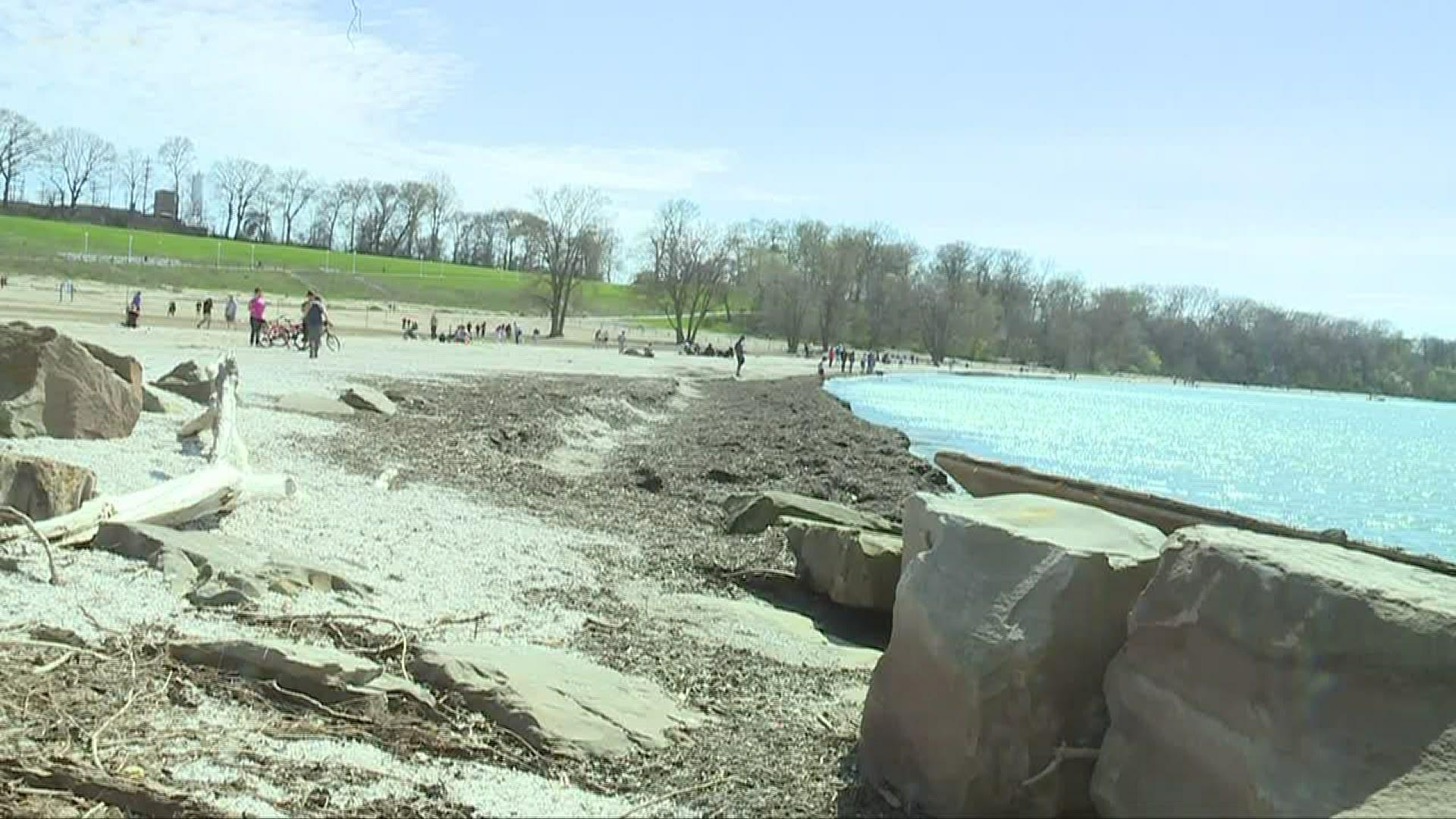 Warm Weather Draws Big Crowds To Northeast Ohio Beaches Parks Wkyc Com