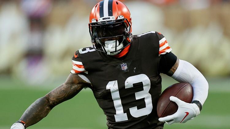Cleveland Browns WR Odell Beckham Jr. leaves game vs. Broncos with injury