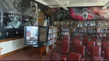 Toledo Central Catholic's 'Moon Room' houses moon rock from alumnus and Apollo 11 flight director Gene Kranz