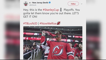 'Seinfeld' actor reprises face-painter role at NHL playoff game