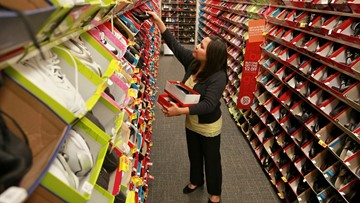 Payless plans to close all its stores, report says