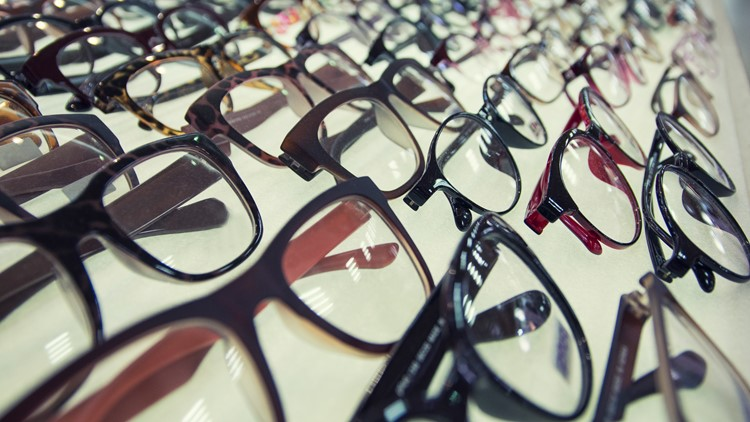 VERIFY: No evidence to suggest that people who wear glasses are less likely to develop COVID-19
