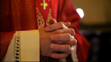 Ohio priest charged with raping boy 20 years ago